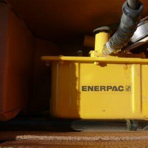 Enerpac Hydraulic Hand Pump