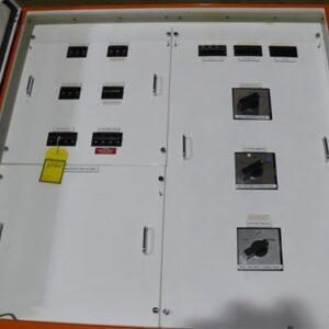 Distribution UPS Board