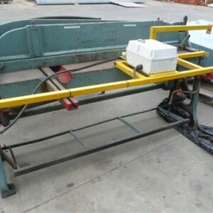 Guillotine 1m x 2mm sheet capacity