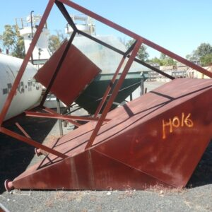Discharge Hopper 1.6m x 2.24m x 2.5m H