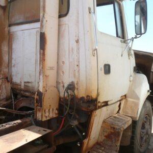 Ford L8000 Truck