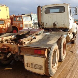 Ford Louisville 8000 Prime Mover