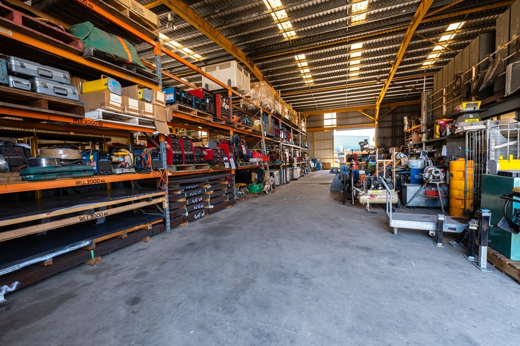 J&P Machinery holds one of the largest inventories of used machinery in Western Australia.