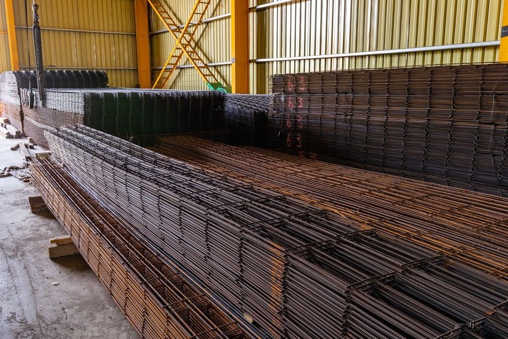 J&P Steel supplies diverse markets both locally and nationally with new, surplus and recycled steel products.